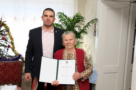 90. születésnapján köszöntöttük Kollár Györgynét