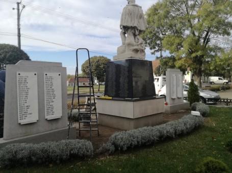 A kő újra üzen - Befejeződött az I. világháborús hősi emlékmű felújítása városunkban