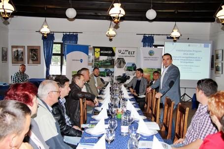 Vidékfejlesztési fórum és gépbemutató Kondoroson