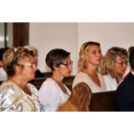Szent István napi ünnepi szentmise és kenyérszentelés Kondoroson