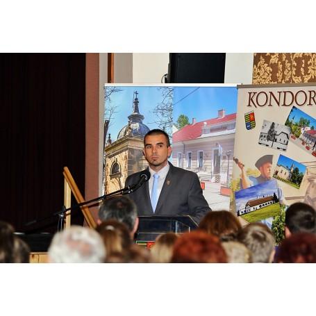 """""""A magyar szabadság születésnapja"""" – október 23-ára emlékeztünk Kondoroson"""