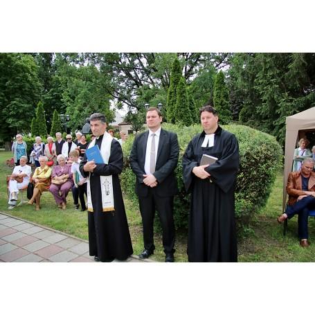 2018. július 1. napjától dr. Kupecz Benedek községi orvos és fogszakorvos nevét viseli városunk háziorvosi rendelője