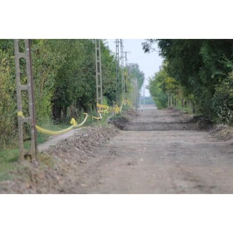 Gőzerővel halad a külterületi útfejlesztés