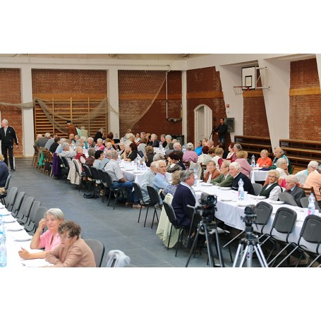 Jelen életünk méltósága függ az idősek életétől - Az időseket ünnepeltük Kondoroson